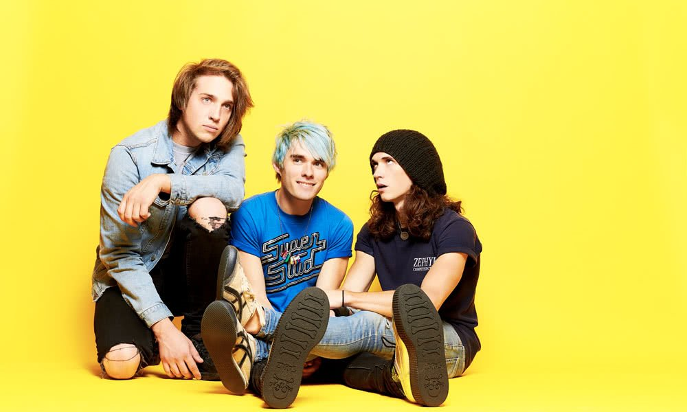 21 QUESTIONS WITH AWSTEN KNIGHT FROM WATERPARKS