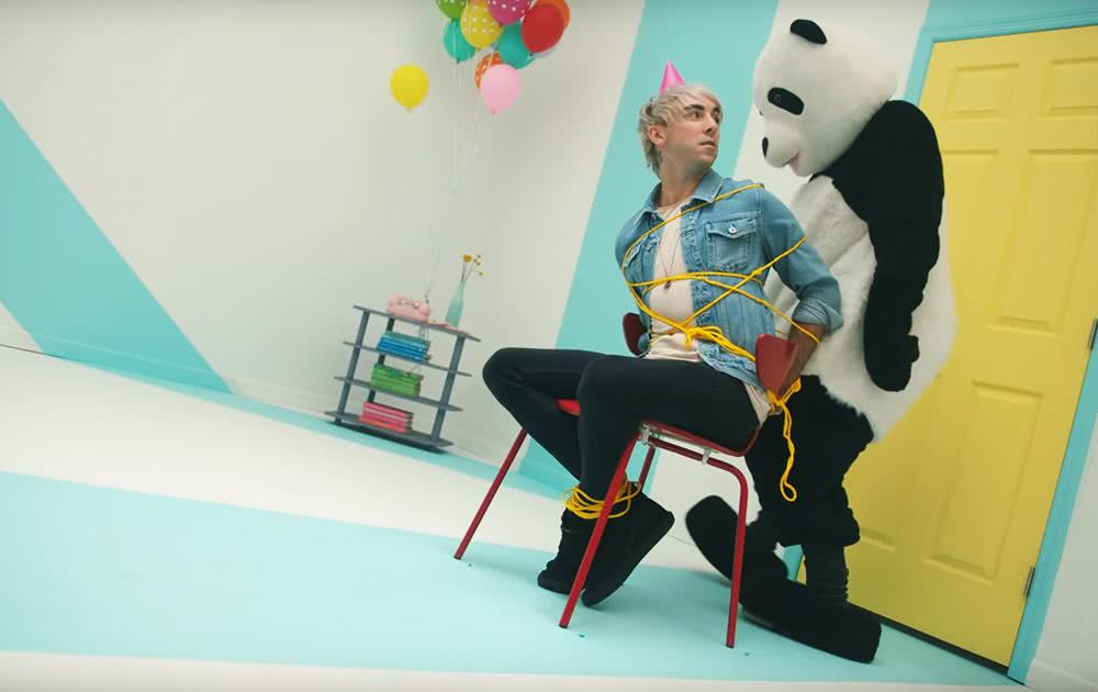 All Time Low release music video for 'Birthday'