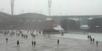 Brutal Storms Wreak Havoc As 20,000 Evacuated From Sydney Festival