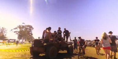 Premiere: Jackson Firebird – 'Mohawk Bang!'