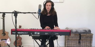 Premiere Of Danielle Deckard – 'I Lied (Live and Solo)'