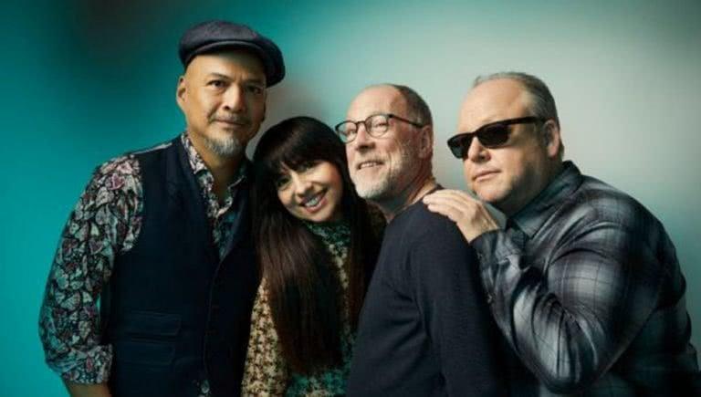 Photo of rock band Pixies