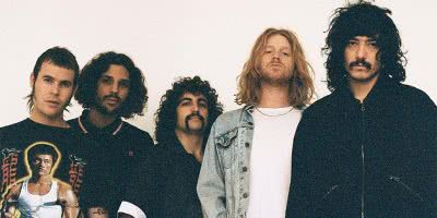 Triple J seem to be mates with Sticky Fingers again after playing their song
