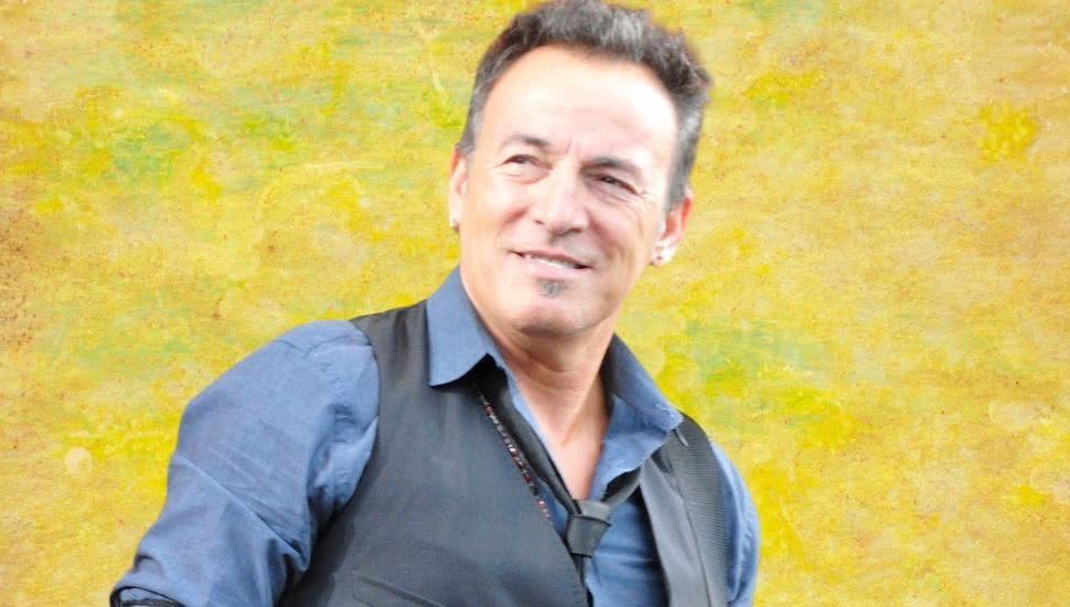 Bruce Springsteen 'regrets' putting on longer concerts than everyone else