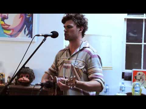 Vance Joy – Riptide (Live Performance Video 2 of 5)