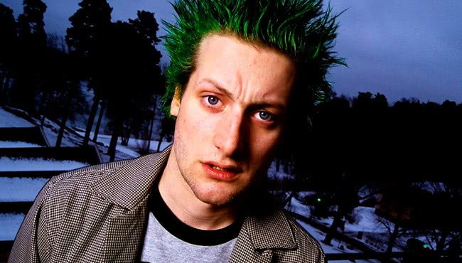 Tré Cool green hair