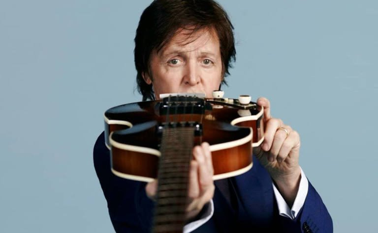 paul mccartney guitar promo shot