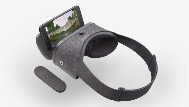 MelodyVR headset from EVR