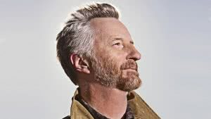 Billy Bragg side profile