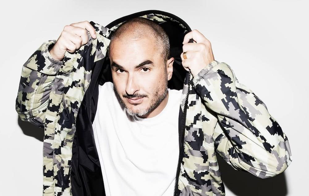 zane lowe 2017 in jacket